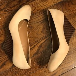 Clark's Artisan Brushed Suede Stacked Wood Wedge 9